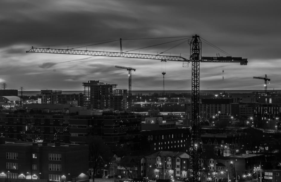 6AM, silent construction